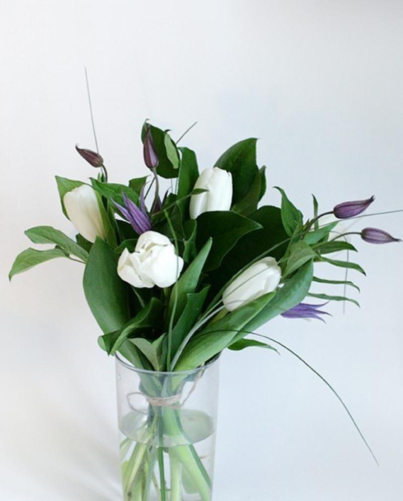 Букет с тюльпанами №43