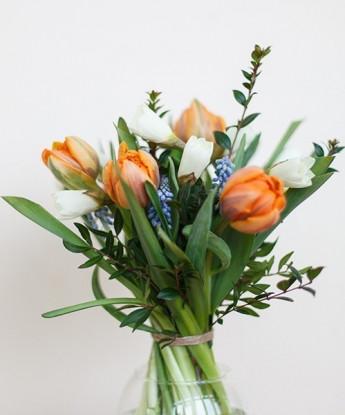 Букет с тюльпанами №36