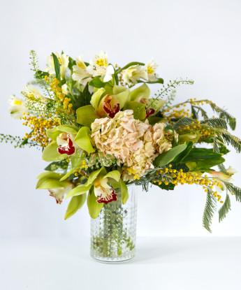 Тропический букет с орхидеей №62